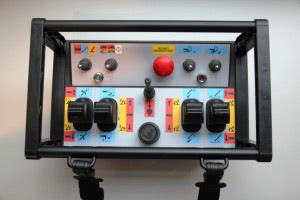 Tracked boom controler